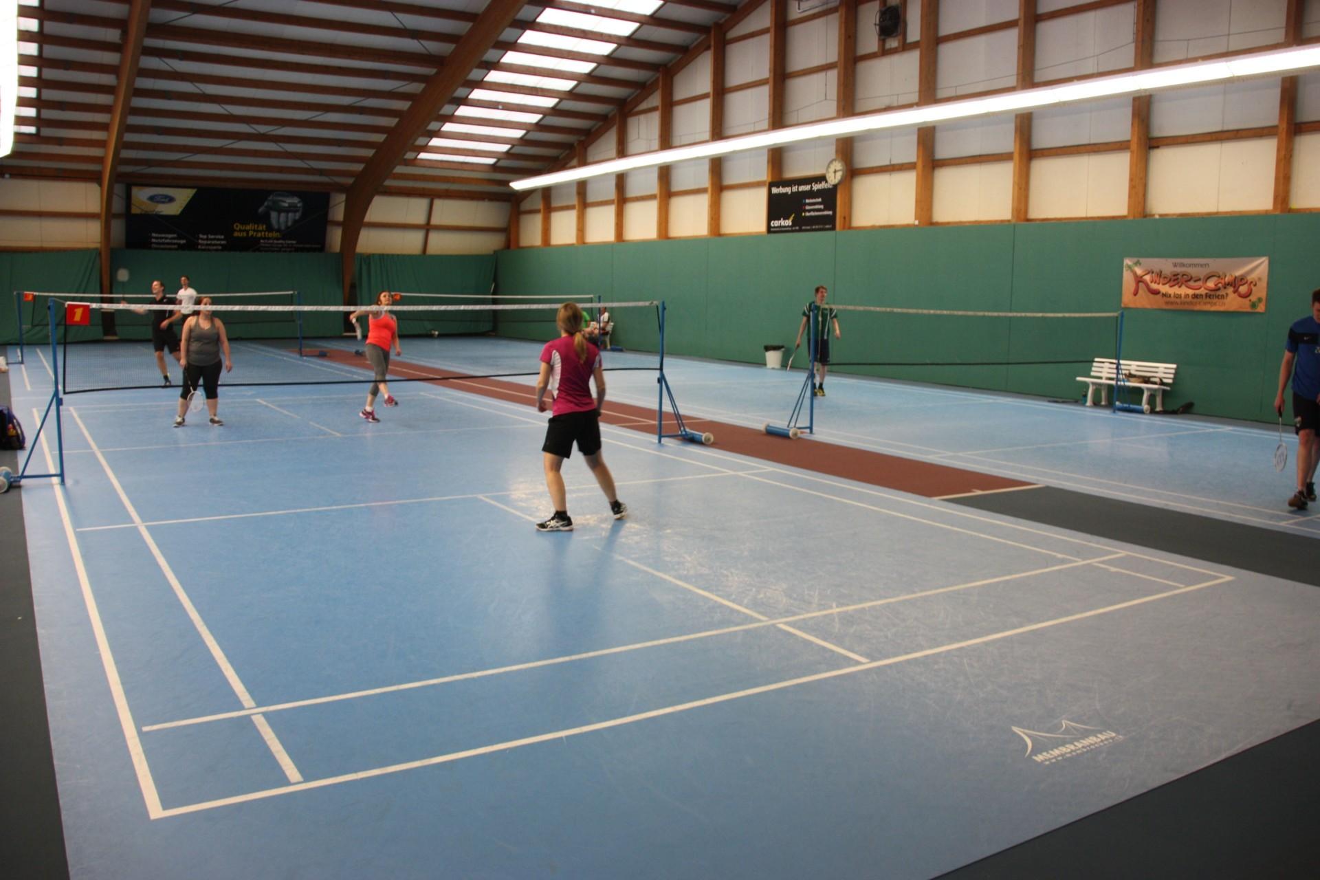 Badminton im Swiss Mega Park, Frenkendorf